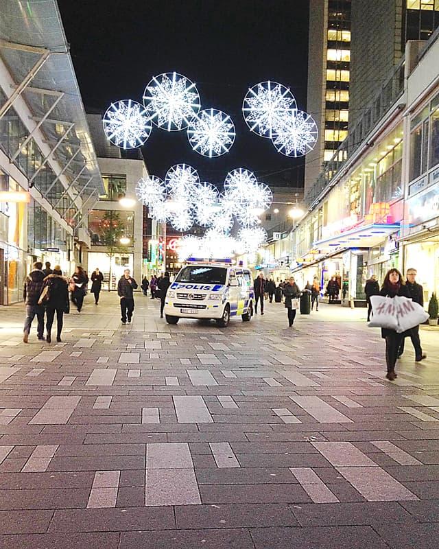 En kollega i Stockholm har skickat in den här fina bilden från Sergelgången i Stockholms city. Foto: Läsarbild