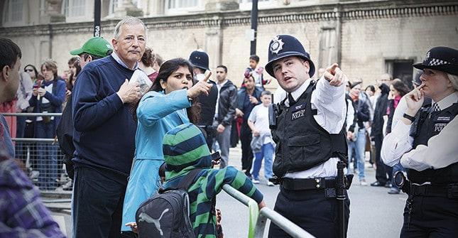 En hotad art - poliserna på gatan blir en allt ovanligare syn hävdar brittiska polisfacket. Foto: