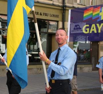 johan med flaggan
